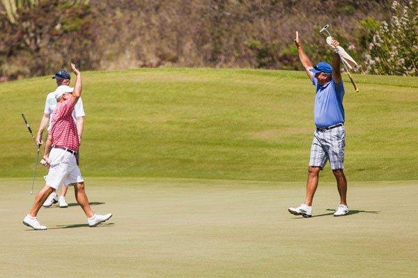 Golf high-five