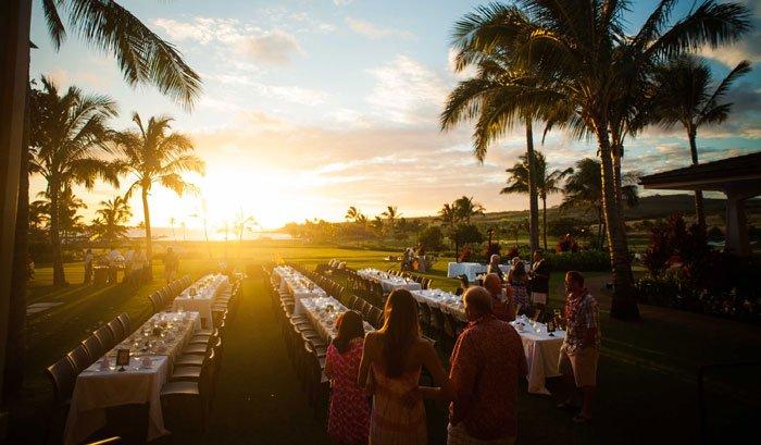 Hawaiian sunset during the holidays
