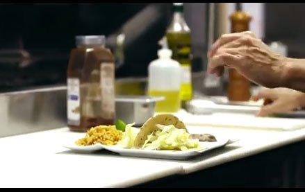 Kukui'ula Video: Chef Ben's Fish Tacos