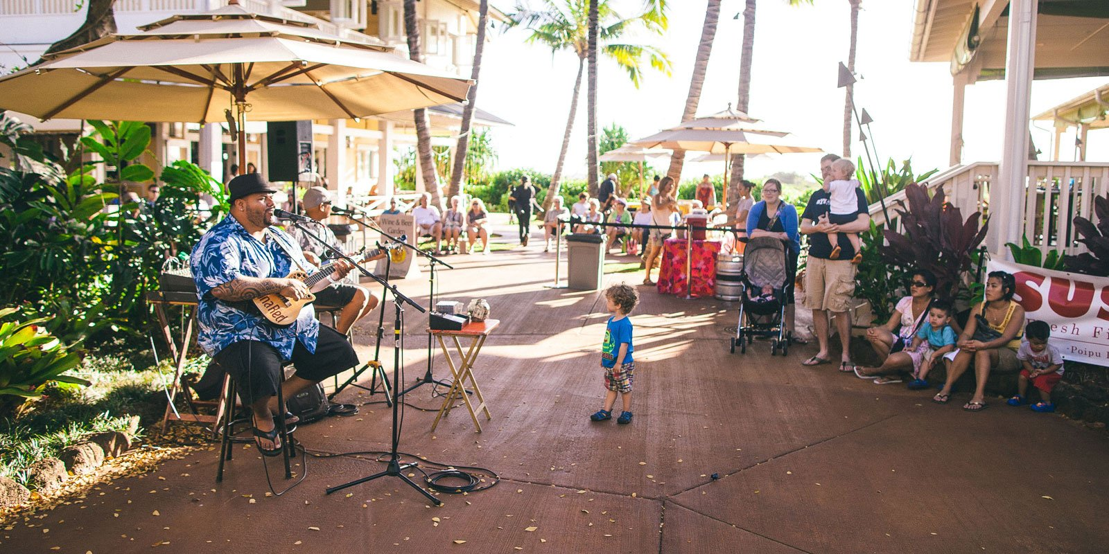 Live music at the Farmer's Market Kauai