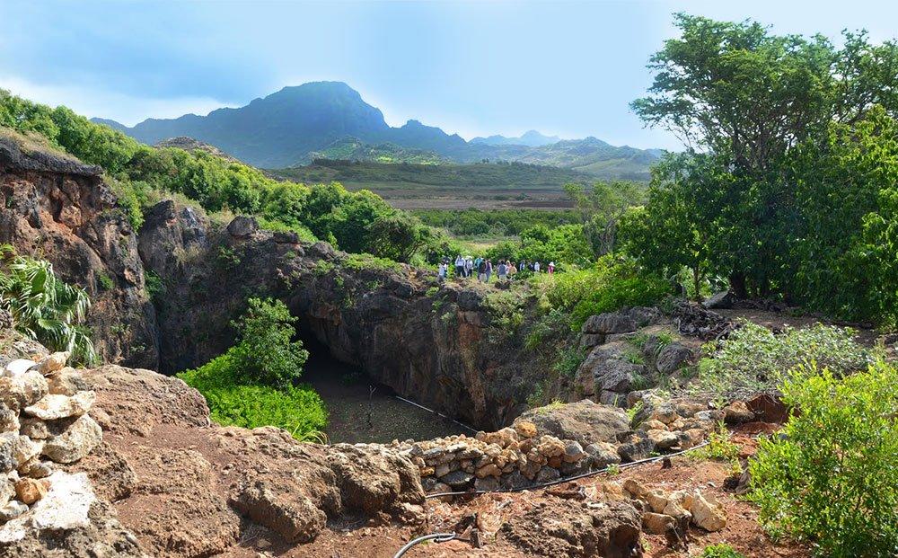 caves-kauai