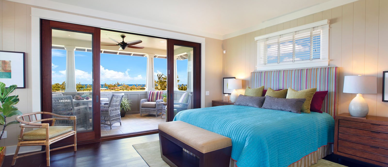 ocean-view-bungalow-2story-bed